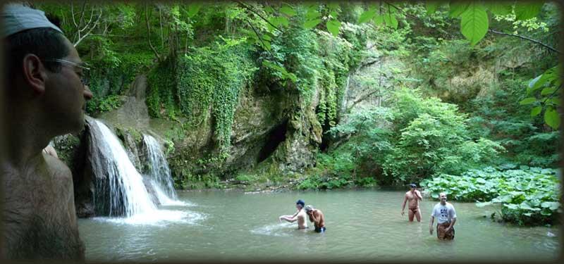 Лагуна испод великог водопада на Брњичкој реци