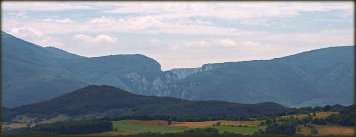 Лазарев кањон, Стобори и Малиник са пута од Брестовачке бање