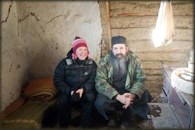Natalija i otac Akakije u očevoj pojati