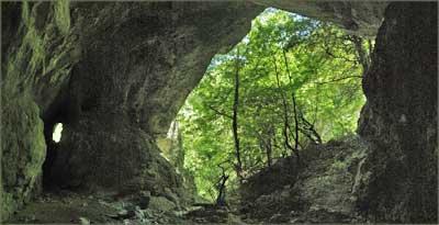 Улаз у Велику Пештеру