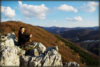 Pogled sa vidikovca ka Faci, iznad doline Stanojevog potoka