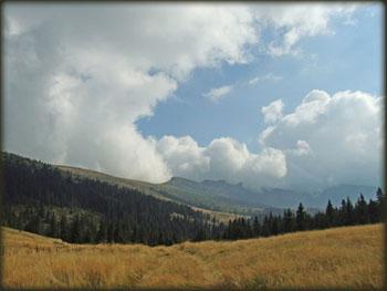 Tri Čuke, sa prevoja na 1700 m visine ispod Vražje Glave